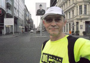 Am Checkpoint Charlie.